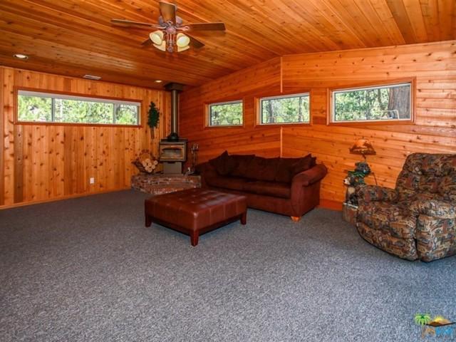 42321 HEAVENLY VALLEY Road, Big Bear CA: http://media.crmls.org/mediaz/C189CDA5-5476-4FF4-B15A-DD1FDB894613.jpg