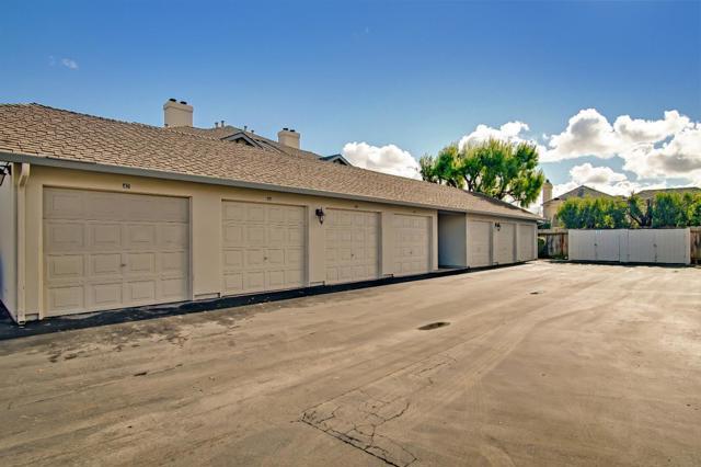 1063 Riker Street, Salinas CA: http://media.crmls.org/mediaz/C197BD5F-923E-4B59-9F87-37355729F232.jpg