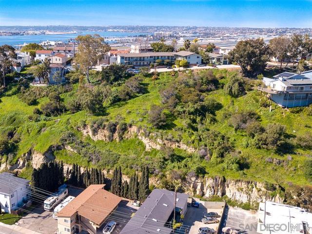 0 Reynard Way, San Diego CA: http://media.crmls.org/mediaz/C1D3C430-473B-4597-978C-0FE624D69E8D.jpg