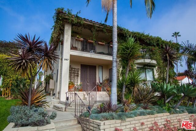 Townhouse for Rent at 947 18th Street Santa Monica, California 90403 United States