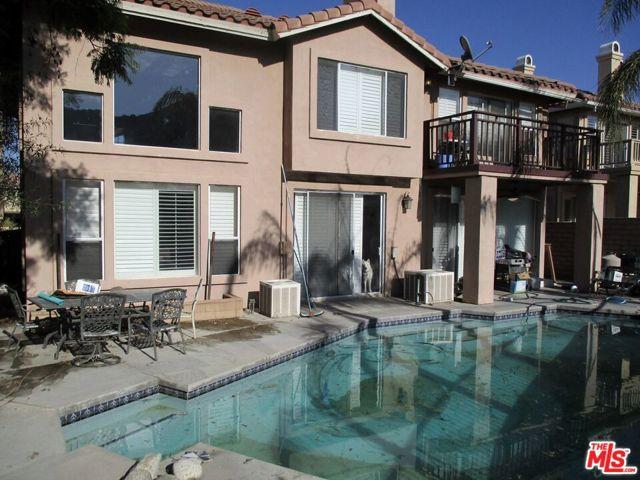 27185 Ocean Dunes Street, Moreno Valley CA: http://media.crmls.org/mediaz/C28C9EA6-CC3A-487C-9A64-F62FCFF0A548.jpg