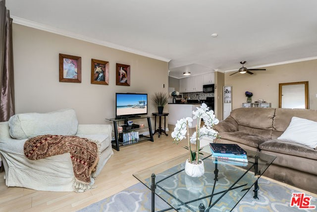 607 S PROSPECT Avenue, 204 - Redondo Beach, California