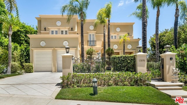 Photo of 13976 Aubrey Road, CA 90210
