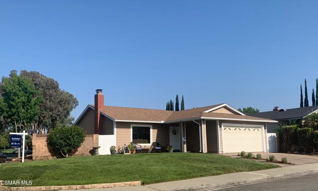 1703 Townley Circle, Simi Valley CA: http://media.crmls.org/mediaz/C3B93C41-FCE3-45DF-9EC0-372318FA2F4C.jpg