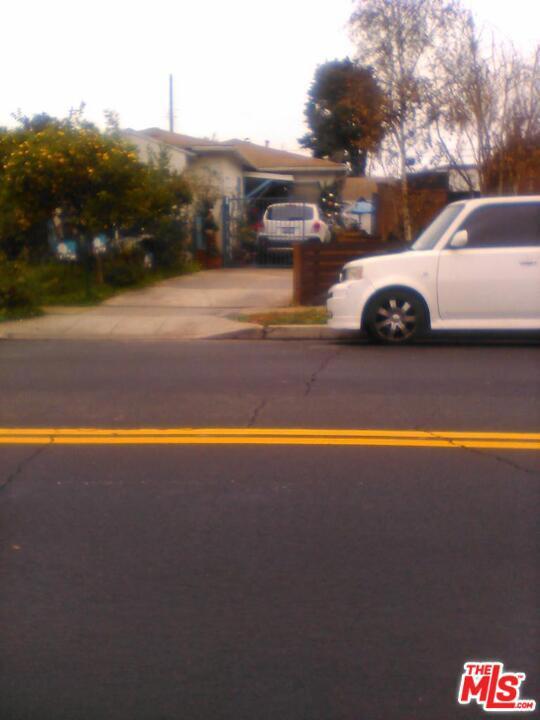 4221 BEETHOVEN St, Los Angeles, CA 90066
