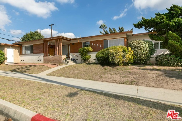 8630 Stanmoor Dr, Los Angeles, CA 90045 photo 2