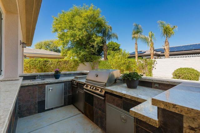 120 Brenna Lane, Palm Desert CA: http://media.crmls.org/mediaz/C41BAD73-9F9F-4DB6-BB38-544435092FD9.jpg