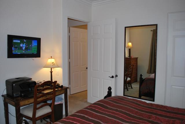 50690 Santa Rosa Plaza, La Quinta CA: http://media.crmls.org/mediaz/C454C143-E32D-4E2F-A8DE-6605E5472FD1.jpg