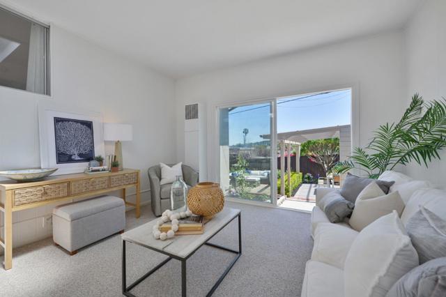 1751 Parkview Drive, San Bruno CA: http://media.crmls.org/mediaz/C4E688D0-A2CC-4382-A0EC-9998AC45D28F.jpg