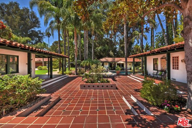 Single Family Home for Sale at 18625 Wells Drive Tarzana, California 91356 United States