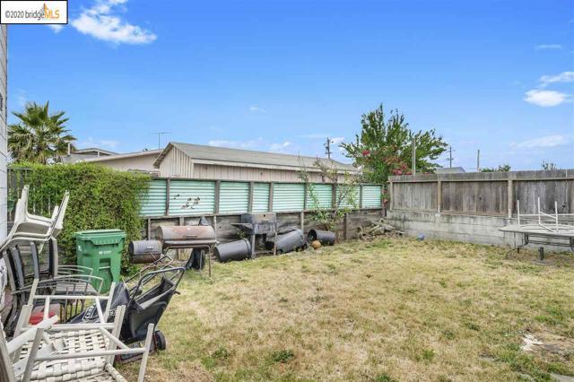 7311 Hillside St, Oakland CA: http://media.crmls.org/mediaz/C5B463AF-B80D-4665-BDA8-6D04BD228632.jpg