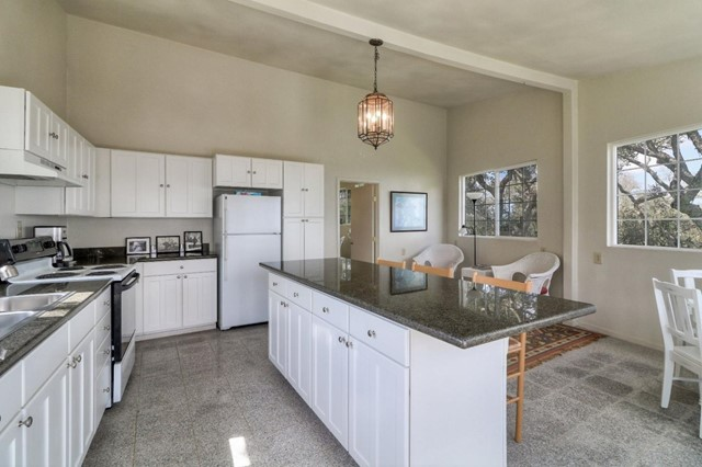 500 El Caminito Road, Carmel Valley CA: http://media.crmls.org/mediaz/C5B8AEBE-FBB3-4B29-B840-456B173F4DD8.jpg