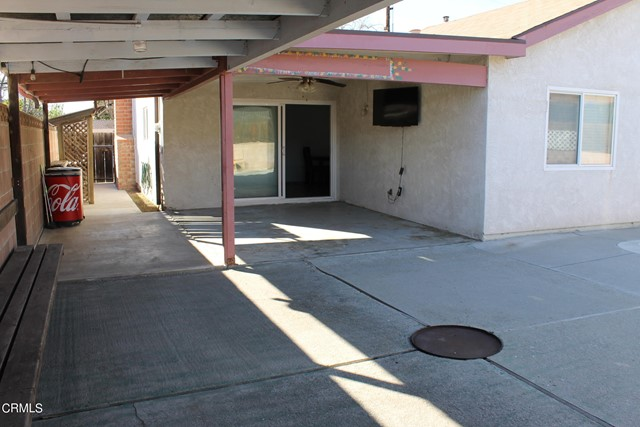 438 Mountain View Street, Fillmore CA: http://media.crmls.org/mediaz/C5BDD241-AF9E-487A-8125-56EFBF6DD08F.jpg
