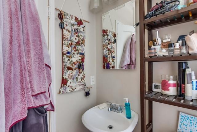 3065 B St, San Diego CA: http://media.crmls.org/mediaz/C6E17DC8-0F6A-4F6C-9720-DF6D0096DFDA.jpg