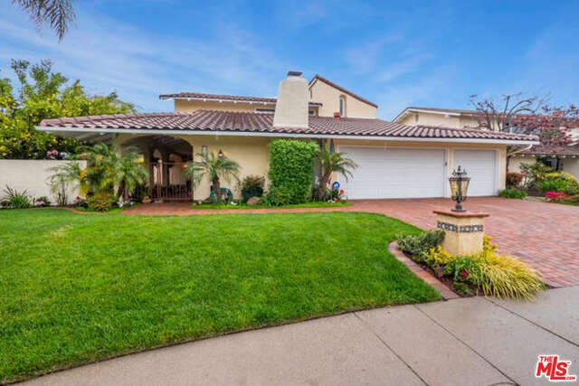Single Family Home for Sale at 31702 Bainbrook Court Westlake Village, California 91361 United States