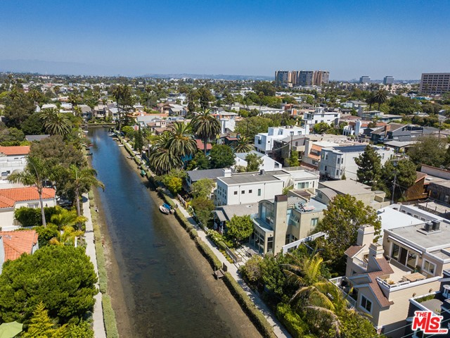 412 Howland Canal, Venice, CA 90291 photo 43