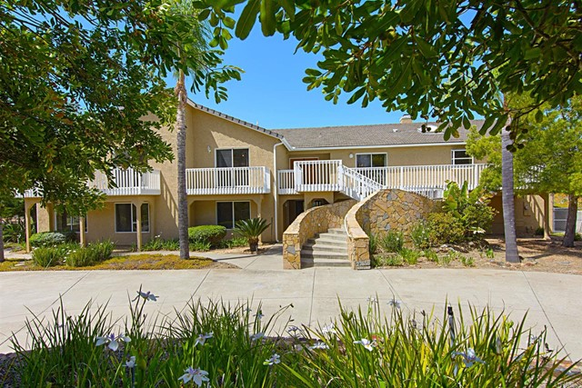 Detail Gallery Image 1 of 1 For 27658 Alps Lane, Escondido,  CA 92026 - 6 Beds   5/1 Baths