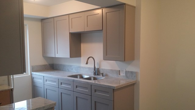 204 Olive Avenue, Alhambra, California 91801, 2 Bedrooms Bedrooms, ,1 BathroomBathrooms,Residential,For Rent,Olive,819003977