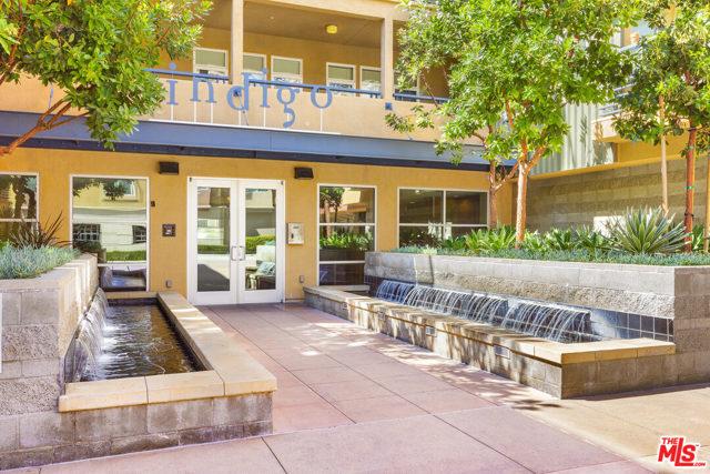 4050 Glencoe Avenue, Marina del Rey CA: http://media.crmls.org/mediaz/C84F1DB5-4C07-4E0A-8B4C-F6971D6F77AC.jpg