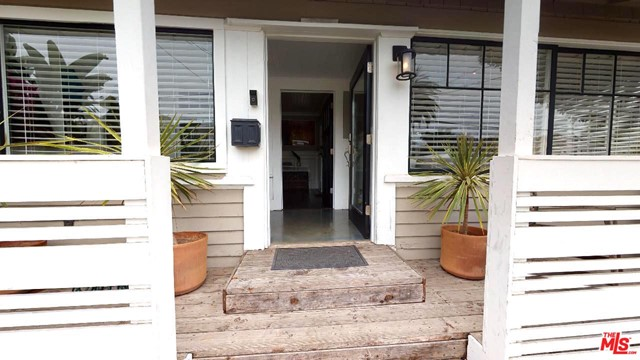 224 San Juan Ave, Venice, CA 90291 photo 2