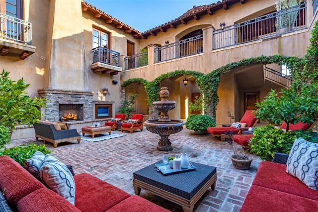 18471 Calle Tramonto, Rancho Santa Fe CA: http://media.crmls.org/mediaz/C8C7E7B9-D51E-49A5-9EAC-AB2F4AEBAA96.jpg