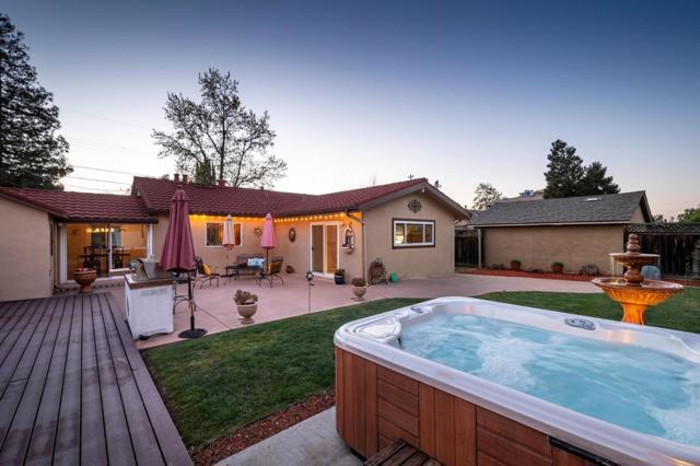 740 Craig Avenue, Campbell CA: http://media.crmls.org/mediaz/C90E8476-43D3-4BC8-9232-2E4DF8E62C48.jpg