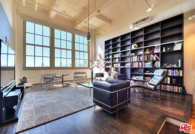 Condominium for Sale at 1850 Industrial Street Los Angeles, California 90021 United States