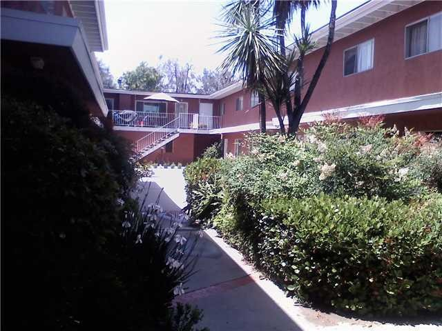 Photo of home for sale at 1060 Washington Avenue E, Escondido CA