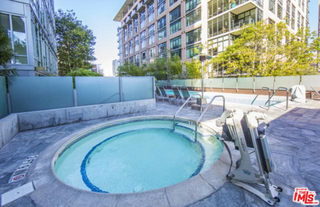 1111 S GRAND Avenue, Los Angeles CA: http://media.crmls.org/mediaz/CA1D3BC2-2603-4F53-9D73-412E118DBA47.jpg