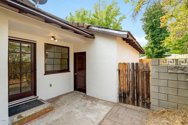9524 Creemore Place, Tujunga CA: http://media.crmls.org/mediaz/CA7E7180-B7E2-4498-9B21-2B72A2CBC1F1.jpg