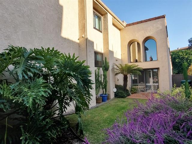 7539 Gibraltar Street, Carlsbad CA: http://media.crmls.org/mediaz/CABFD00B-1A81-4F4D-89A3-0743B263ECCF.jpg