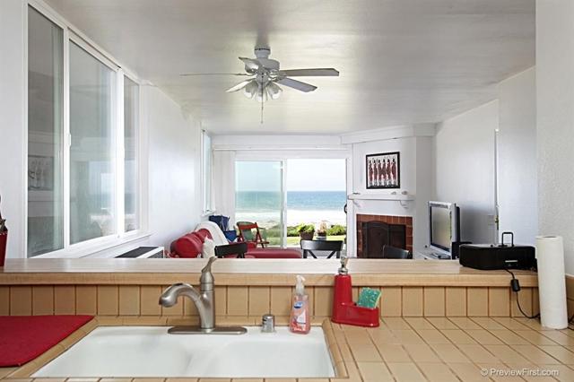 1246 Seacoast Dr, Imperial Beach CA: http://media.crmls.org/mediaz/CADB2B19-D5EB-4F9B-8261-1823768853A7.jpg