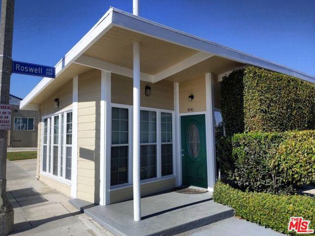4141 E 7Th Street, Long Beach CA: http://media.crmls.org/mediaz/CAF7AB82-7AED-4782-A3C3-7D86B8B05C76.jpg