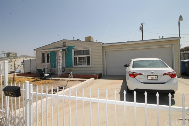 932 Kelly Drive Barstow CA 92311