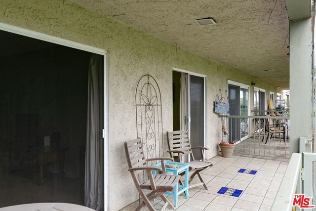826 Bluewater Way, Port Hueneme CA: http://media.crmls.org/mediaz/CB2DC975-FD9A-417B-AACC-596E0302AAD1.jpg