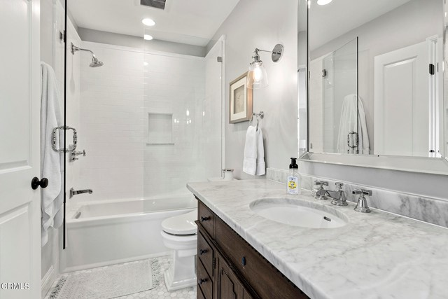1738 N Roosevelt Avenue, Altadena CA: http://media.crmls.org/mediaz/CB5A633A-C700-4386-8979-3E9F08B75AB5.jpg