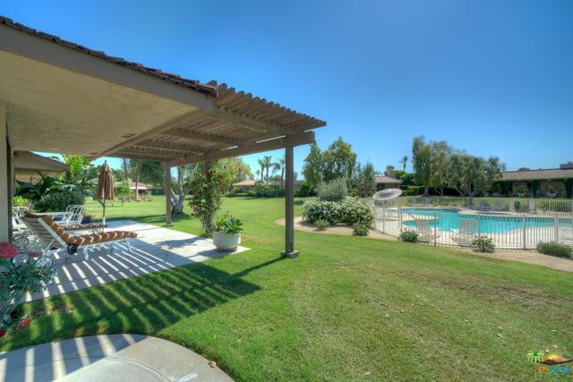 4 Wake Forest Court, Rancho Mirage CA: http://media.crmls.org/mediaz/CB724DE4-0F6E-47CB-9CF8-70A8485121E2.jpg