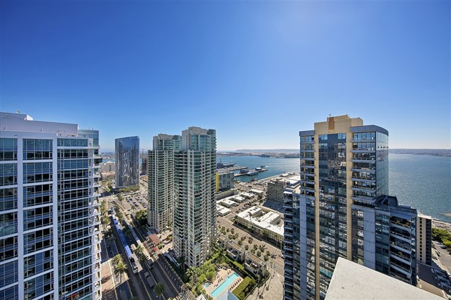 1388 Kettner Blvd., San Diego CA: http://media.crmls.org/mediaz/CBAC097C-A9F0-4715-834E-354649E6A3E8.jpg