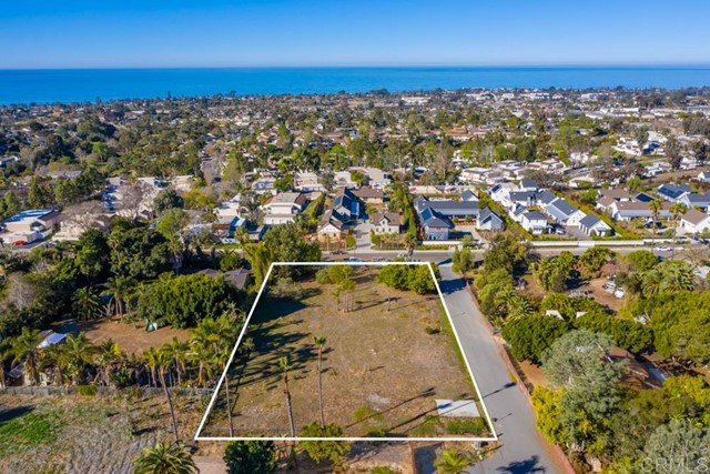 Detail Gallery Image 1 of 1 For 1331 Lake Dr, Encinitas,  CA 92024 - – Beds | – Baths