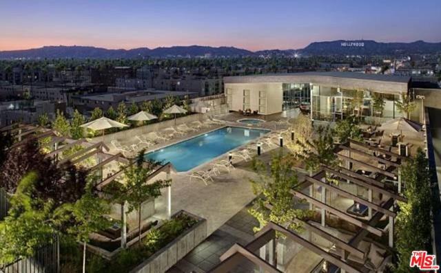3785 Wilshire Boulevard, Los Angeles CA: http://media.crmls.org/mediaz/CBC95A7D-C959-4956-8310-69A06E746494.jpg