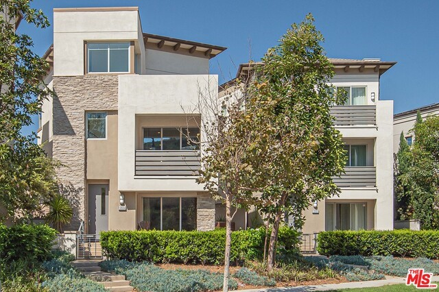 12824 S SEAGLASS Cir, Playa Vista, CA 90094