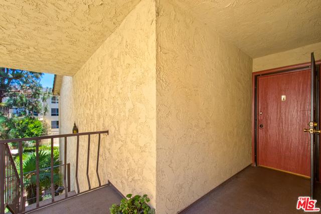 5625 Green Valley Cir 307, Culver City, CA 90230 photo 20