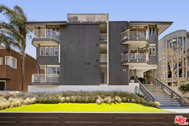 24 Westwind A Marina del Rey CA 90292