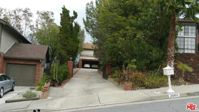 Single Family Home for Sale at 2060 Dublin Drive Glendale, California 91206 United States