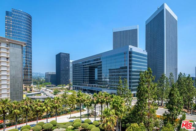 1 W Century Drive, Los Angeles CA: http://media.crmls.org/mediaz/CD22913A-2C62-454D-B4FD-DEA06B96AA1B.jpg