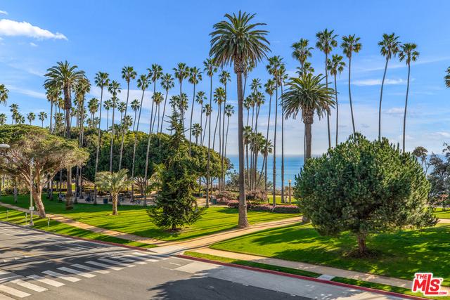 535 OCEAN 3B Santa Monica CA 90402