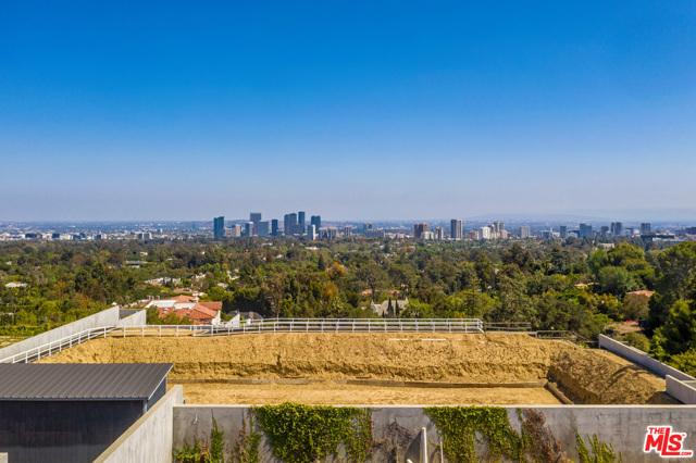 805 Nimes Place, Los Angeles CA: http://media.crmls.org/mediaz/CD96EB06-B098-4DC6-8C57-DAA37591F43B.jpg
