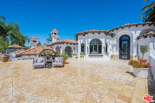 Photo of 1090 Vista Ridge Lane, Westlake Village, CA 91362