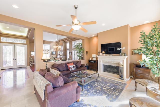 37647 Westridge Avenue, Palm Desert CA: http://media.crmls.org/mediaz/CE5CB377-2009-4633-A5B4-6818A2C8216D.jpg
