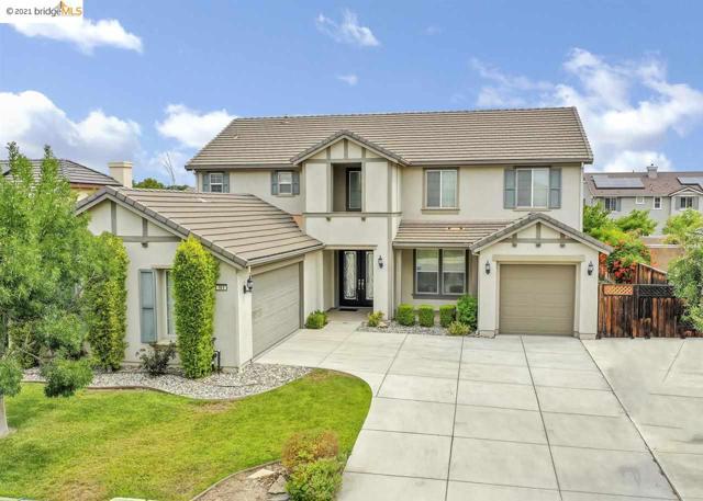 161 Coral Bell Way, Oakley CA: http://media.crmls.org/mediaz/CE9A9AC2-6062-4617-B1C2-7125DD77763C.jpg